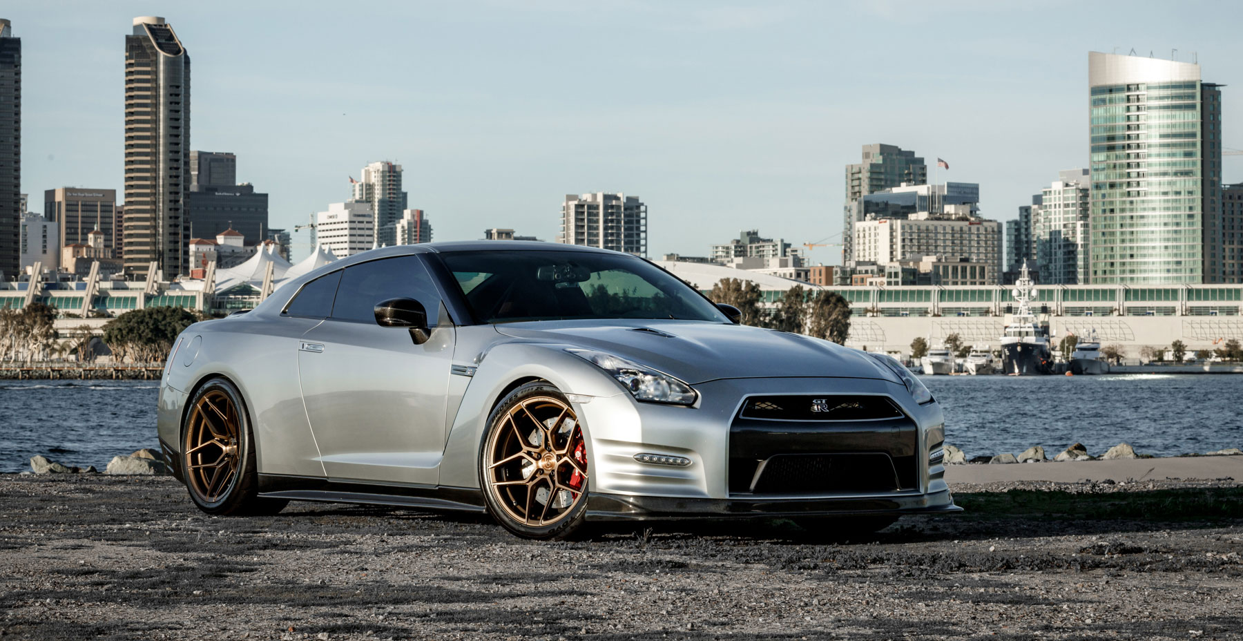 Gray Nissan GTR R35 x Rohana RFX11 Wheels (Finished in Brushed Bronze)